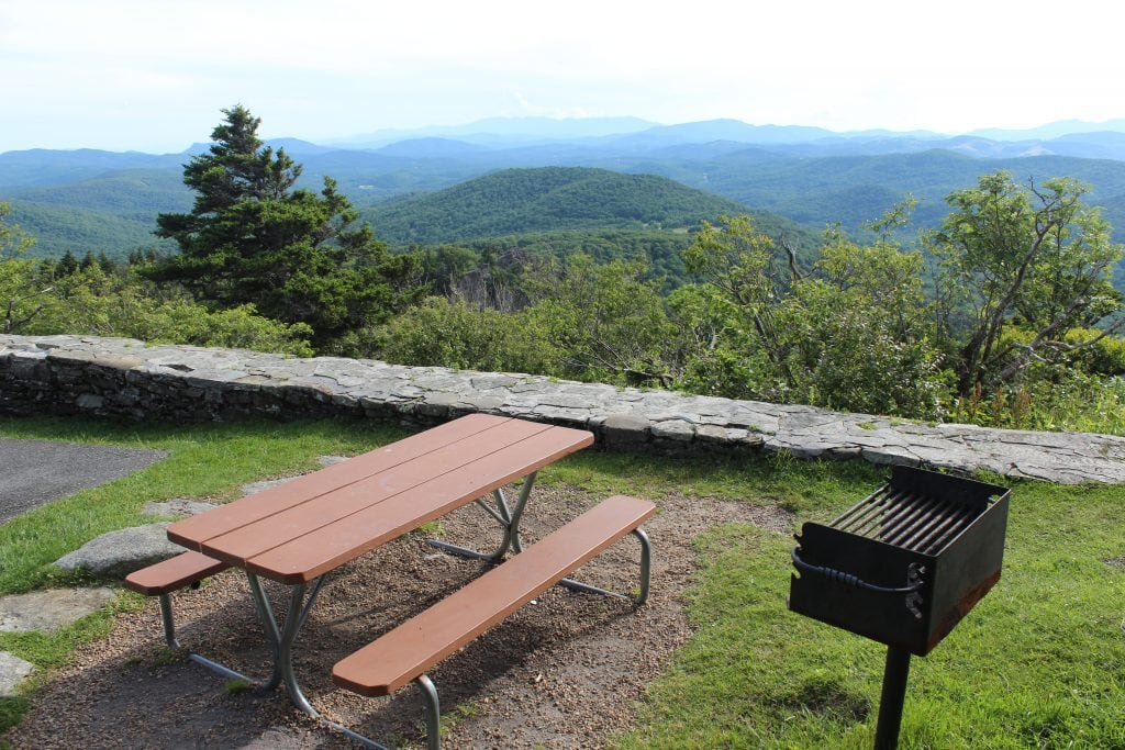 Cliffside picnic area at Grandfather Mountain, North Carolina