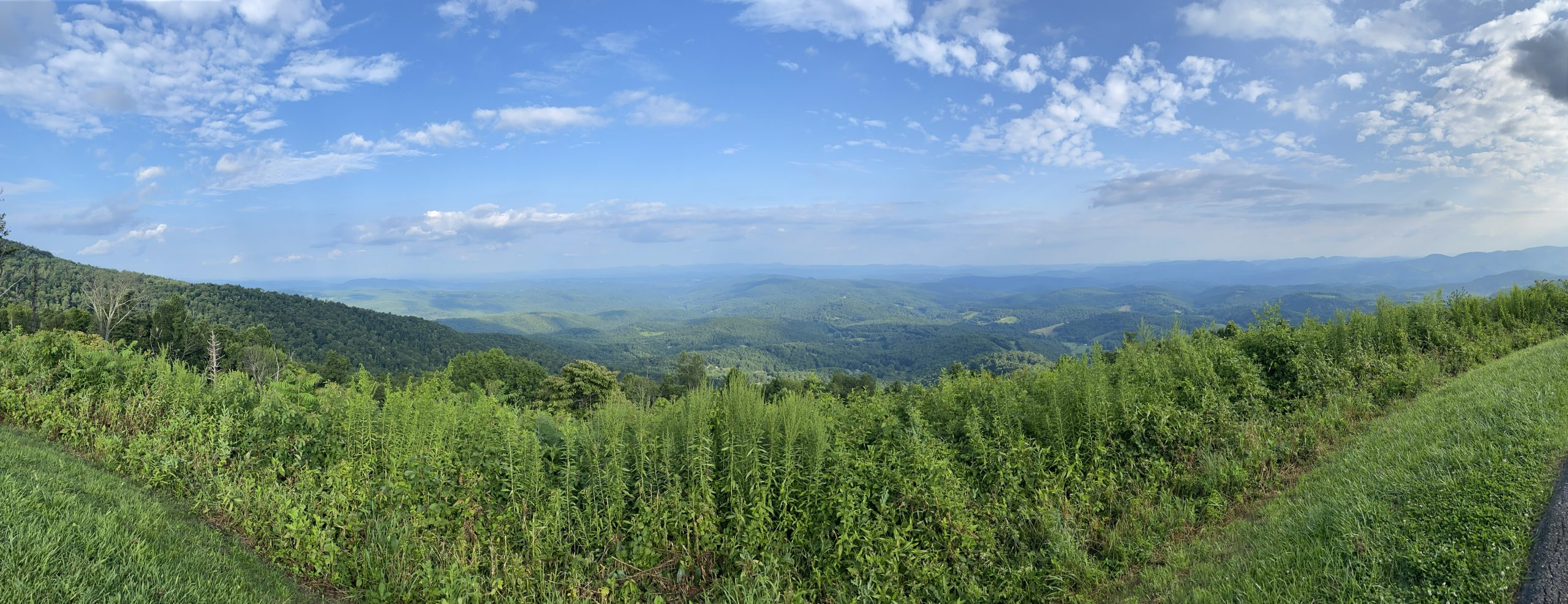 Picture of Mountains on Blue Ridge Parkway